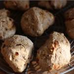 Proteinrige quinoa boller med gojibær