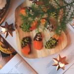 Sund og nem julesnack af kakifrugt og mørk chokolade
